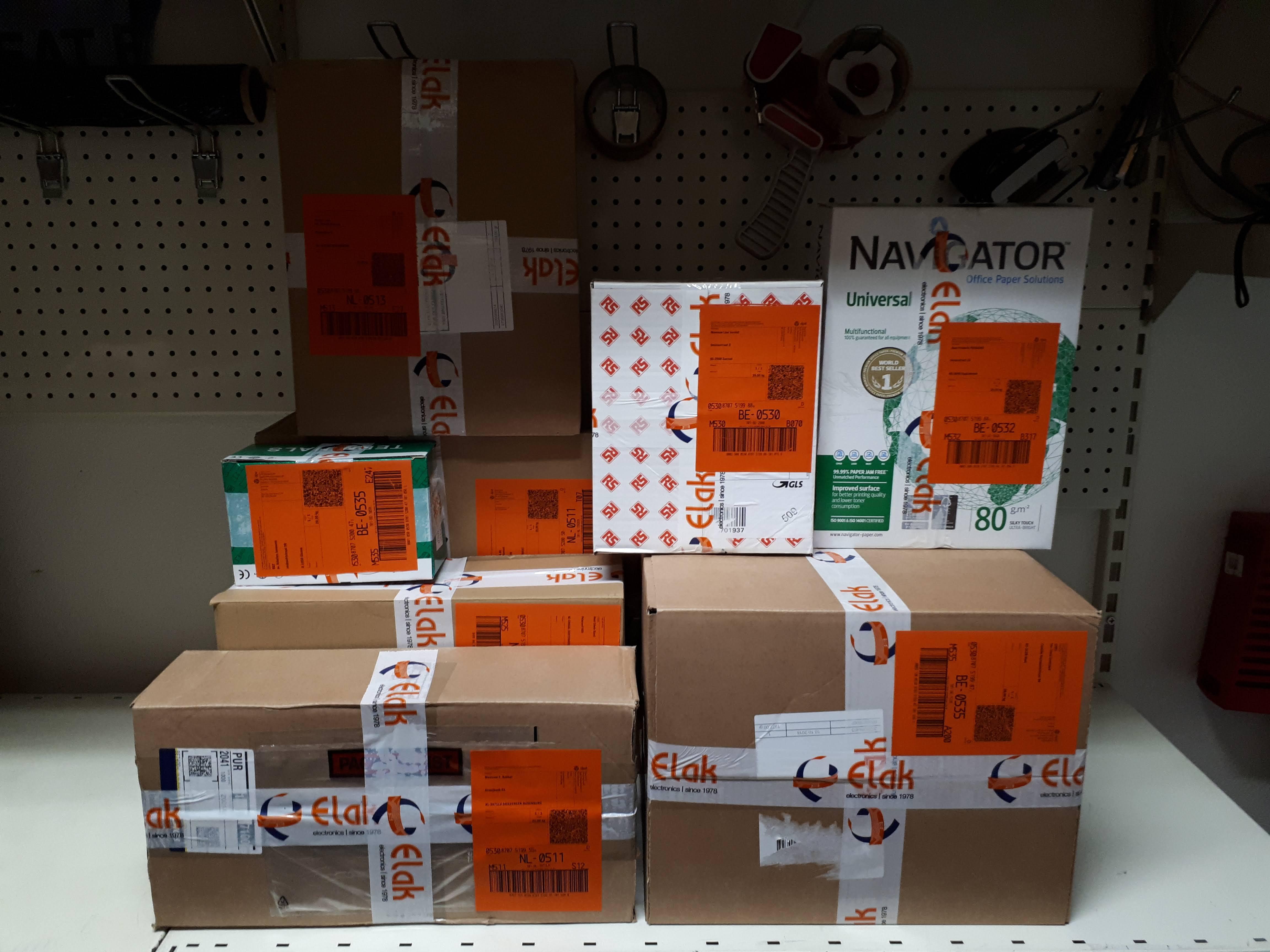Online verkopen en pakjes versturen met minder afval: het voorbeeld van Elak Electronics